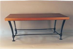 Mahagony and wraped table