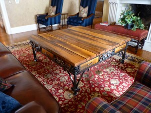 Oak leaf table 2
