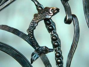 Fish & seaweed detail
