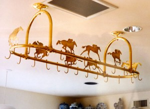 Racehorse pot rack