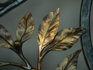 Laurel leaves detail