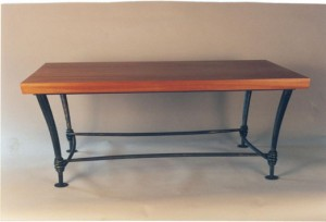 Mahagony and wraped table