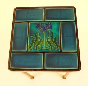 Motowi tiles blue table top