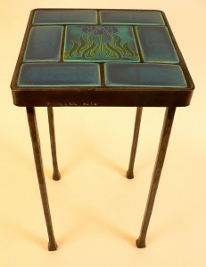 Motowi tiles blue table