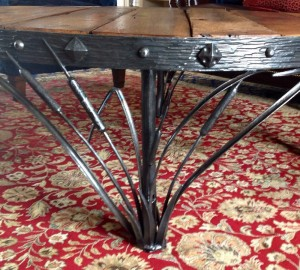 Detail, Cattail table